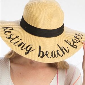 Accessories - Resting Beach face straw hat!! Adorable worn once!